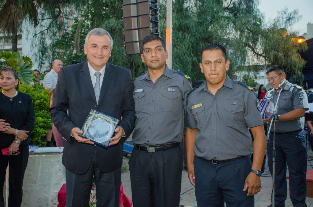 Gerardo Morales participo del concierto de la banda de la Policia